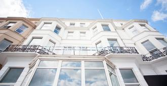 Citrus Hotel Eastbourne by Compass Hospitality - איסטבורן - בניין