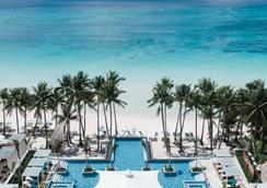 赫南水晶沙灘度假村 - 長灘島 - 游泳池