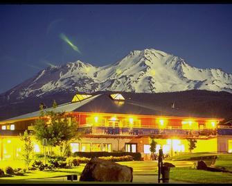 Mount Shasta Resort - Mount Shasta - Edificio
