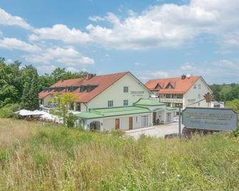 Hotel Restaurant Dreiflüssehof - Passau - Rakennus