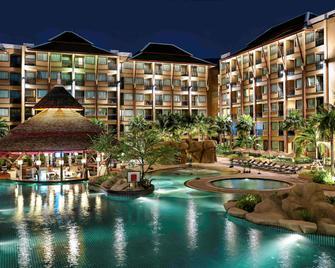 普吉島葡萄酒園諾富特度假酒店 - 芭東 - 建築