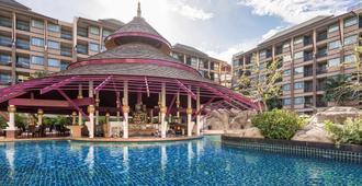 Novotel Phuket Vintage Park Resort - פאטונג - בריכה