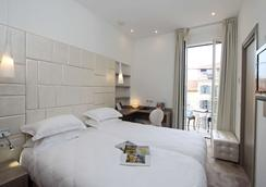 Golden Tulip Cannes Hotel de Paris - Κάννες - Κρεβατοκάμαρα
