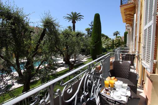Golden Tulip Cannes Hotel de Paris - Κάννες - Μπαλκόνι