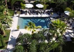 Golden Tulip Cannes Hotel de Paris - Κάννες - Πισίνα