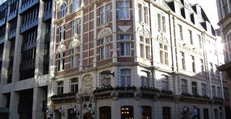 The Sanctuary House Hotel - Londres - Bâtiment