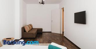One Room Apart T3 with Free Parking - Cluj Napoca - Living room