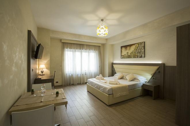 Relais Tiburtina - Rome - Bedroom