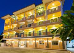 Hi Chiangrai Hotel - Cziang Raj - Budynek