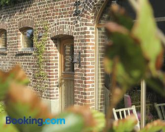 Bed And Breakfast Nokernote - Tienen - Gebouw