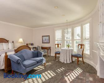 Cardiff by the Sea Lodge - Encinitas - Wohnzimmer