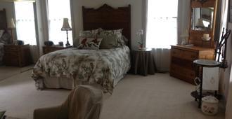 Blue Rooster Inn - Eugene - Bedroom