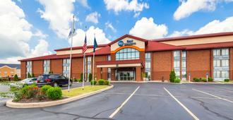 Best Western Luxbury Inn Fort Wayne - Fort Wayne