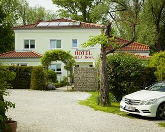 Hotel Villa Rosa - Allershausen - Building