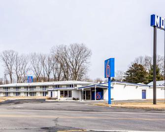 Motel 6 Schenectady, NY - Schenectady - Building