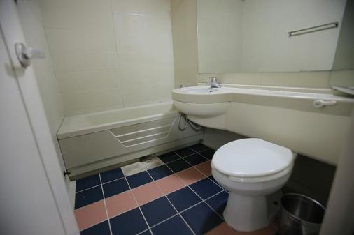 JJ Inn - Busan - Bathroom