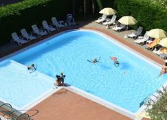 Hotel Bella Peschiera - Peschiera del Garda - Piscina