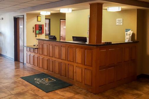 Quality Inn - Ozark - Rezeption