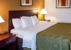 Quality Inn - Ozark - Bedroom