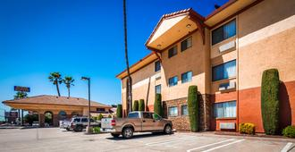 Best Western Plus Executive Inn & Suites - Manteca