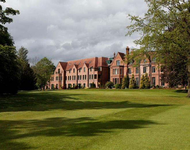 Aldwark Manor Golf & Spa Hotel - York - Building