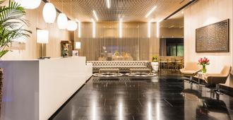 Holiday Inn Express & Suites Bogota Zona Financiera - Bogotá - Lobby