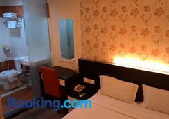 Prince Hotel - Tawau - Bedroom