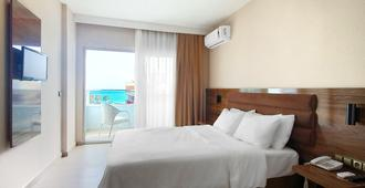 Ozgur Bey Spa Hotel - Alanya - Bedroom