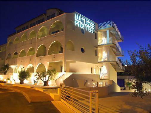 White Hotel - Vieste - Rakennus