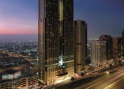 Shangri-La Residences and Apartments - Dubai - Outdoor view