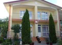 Guest House Moryachka - Bosteri - Building