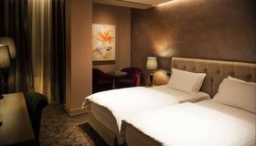 Mondial Hotel - Tirana - Camera da letto