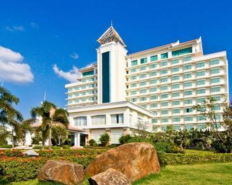 Champasak Grand Hotel - Паксе - Building
