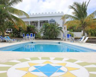 Castles in Paradise - Vieux Fort - Pool