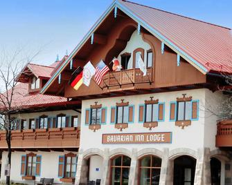 Bavarian Inn Lodge - Frankenmuth - Building