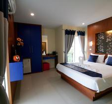 芭東卡里普索酒店