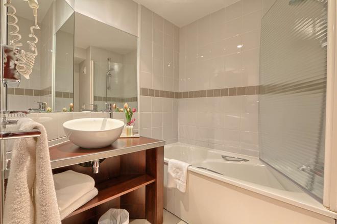 Golden Tulip Cdg Airport Villepinte - Roissy-en-France - Bathroom