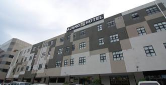 Ajang Hotel - Miri - Rakennus