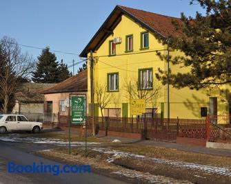 Villa Tron - Palić - Gebäude