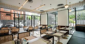 Hotel Amber Sukhumvit 85 - בנגקוק - מסעדה