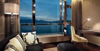 The Crystal Resort Sun Moon Lake - Nantou City - Living room
