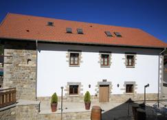 Hostal Casa Otsoa - Oronz - Gebäude