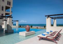 Sun Africa Beach Resort - Mombasa - Πισίνα