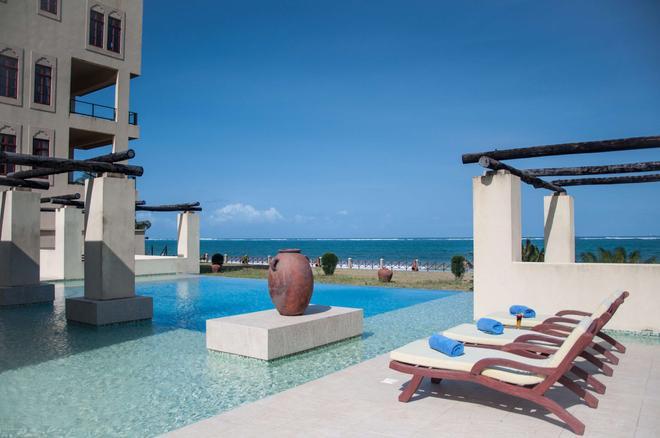 Sun Africa Beach Resort - Mombasa - Bể bơi