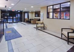 La Quinta Inn & Suites by Wyndham Columbus - Grove City - Grove City - Aula