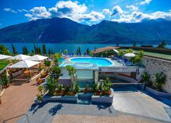 Garda Suite Hotel - Limone sul Garda - Pool