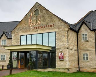 Best Western PLUS Pastures Hotel - Doncaster - Edificio