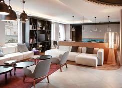 Novotel Suites Colmar Centre - Colmar - Living room