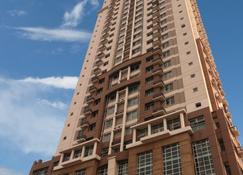 Lancaster Hotel Manila - Mandaluyong - Gebäude
