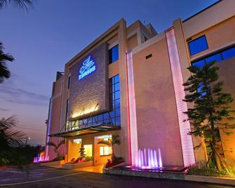 Amain Boutique Motel - Tucheng - Tucheng District - Building